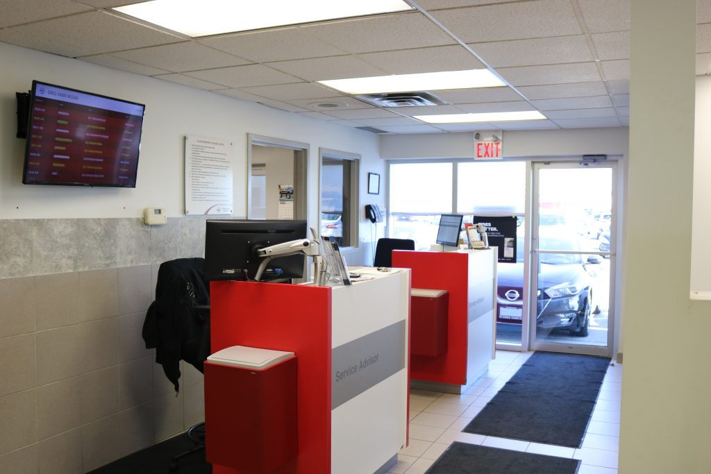 greg vann nissan service department